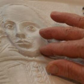 Shakespeare tactile picture