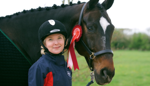 Verity Smith and Kit the horse close up