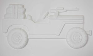Parachute Jeep tactile picutre, shopwing an open top jeep with paprachutre folded up in the boot and a machine gun mounted in the bonnet.
