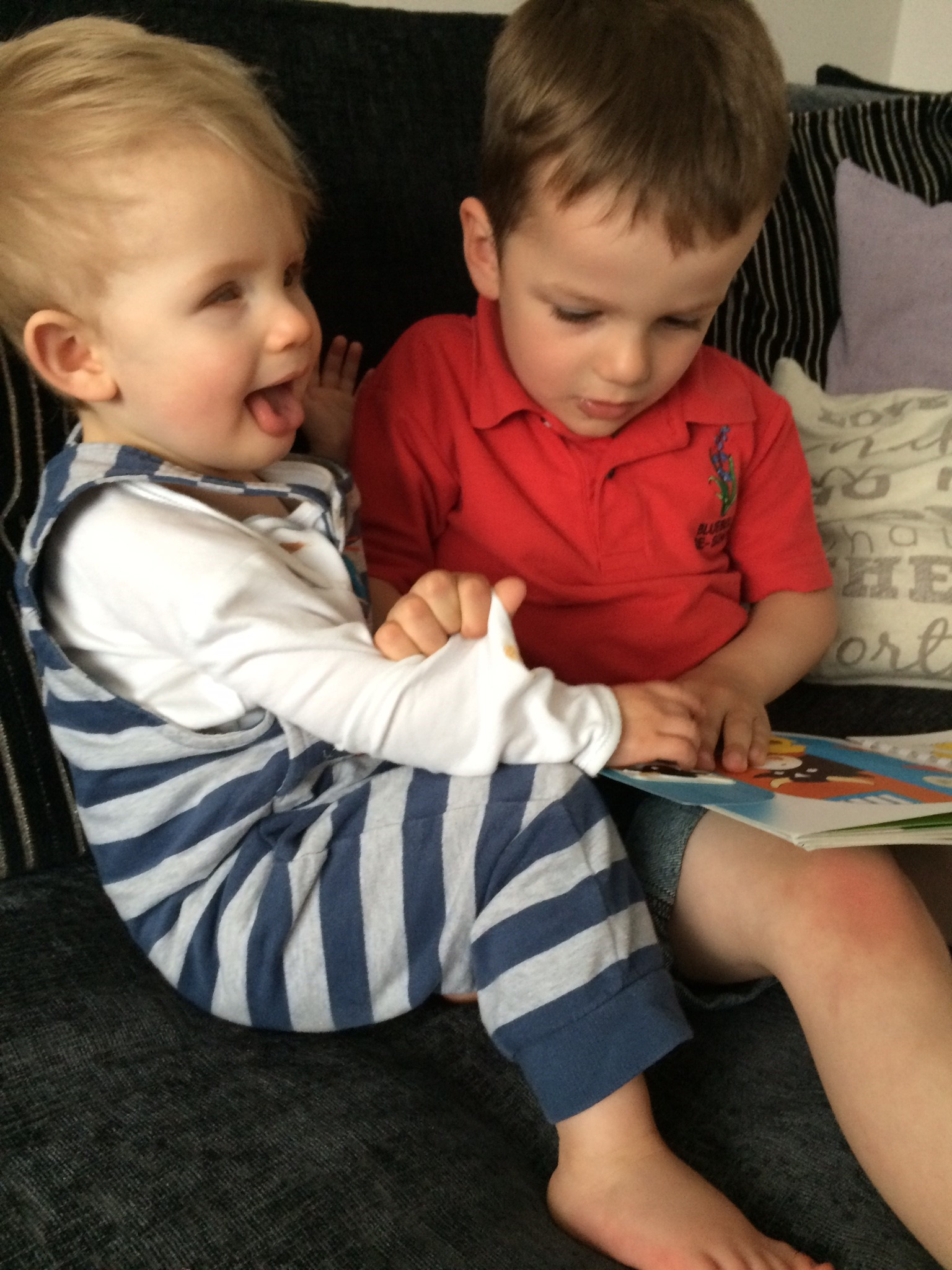 Alife and his brother Harrison reading together